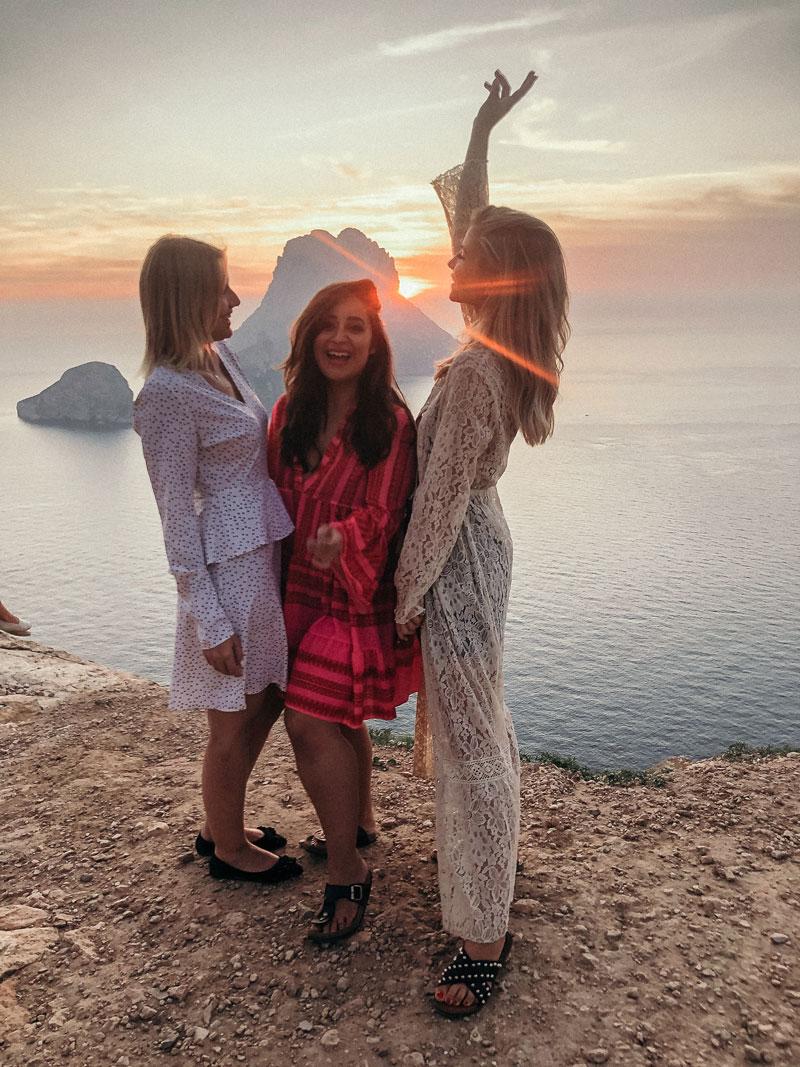 Ibiza im Oktober: So schön ist Ibiza in der Nebensaison - der schönste Sonnenuntergang bei Es Vedra